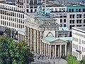 La Porte de Brandebourg (Berlin) (9621670946).jpg