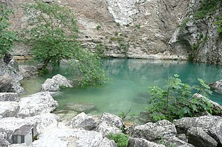 Fontaine de Vaucluse (spring)