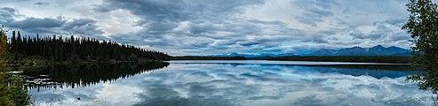 Lago Plateado, Parque nacional y reserva Wrangell-San Elías, Alaska, Estados Unidos, 2017-08-22, DD 122-127 PAN.jpg