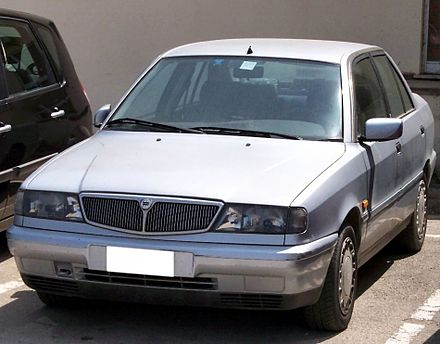 http://upload.wikimedia.org/wikipedia/commons/thumb/1/18/Lancia_Dedra_silver_vl.jpg/440px-Lancia_Dedra_silver_vl.jpg
