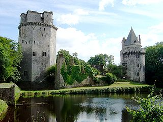 Elven, Morbihan Commune in Brittany, France