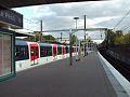 Le Vesinet Le Pecq Station Platform East.jpg