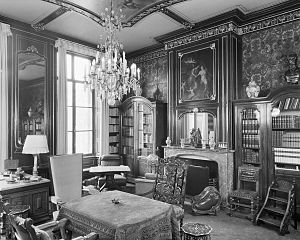 Lange Voorhout Palace - The left antechamber, on the middle floor (1967)