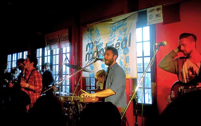 File:Localnatives sxsw2010.JPG