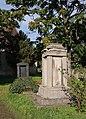 Lochau Grabstele auf Friedhof an der Kirche.jpg