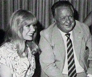 R Adams Cowley - Loretta Swit makes a guest appearance at the Mash Bash during EMS Care '85.