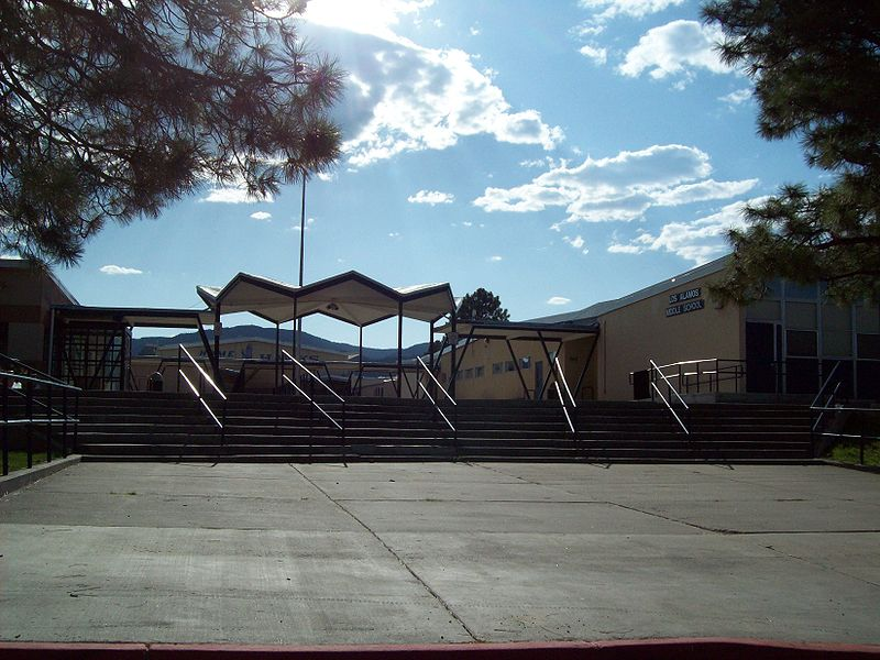 File:Los Alamos Middle School.jpg