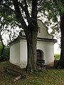 Lovčice - kaplička v Kučích.JPG