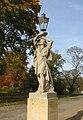 Ludwigslust Schloss Laterne Skulptur 2010-10-29 068.JPG