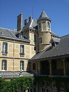 High school in Paris