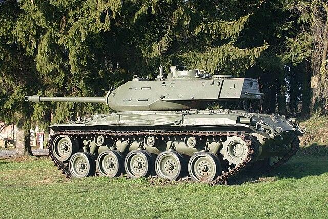 76mm gun tank m41 walker bulldog tank encyclopedia for Chaise us ww2