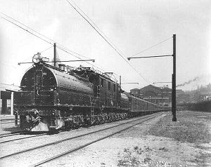 "Milwaukee Road class EP-2 - Milwaukee Road EP-2 ""Bipolar"" leaving Seattle, 1925."