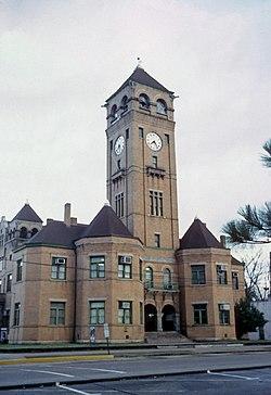 Macon County Court House.jpg
