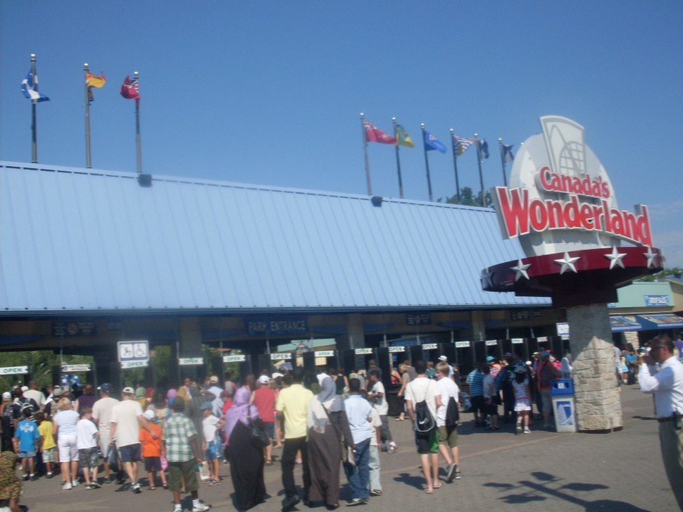 Main entrance of Canada's Wonderland in Vaughan, Ontario, Canada - 20110717