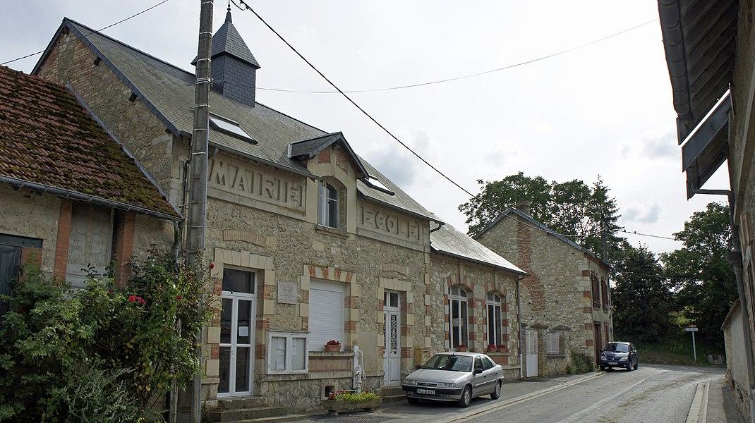 Le village d'Aubilly, vue de sa mairie.