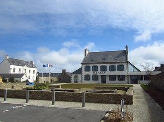 Ploumoguer - The town hall in Ploumoguer
