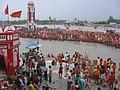 Malviya dwipa island across Har ki Pauri during Kavad mela, Haridwar.jpg