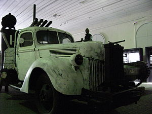Military Museum of Finland - Ford V8 in the Manege