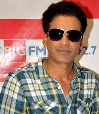 Manoj Bajpayee - Bajpayee promoting Aarakshan in 2011.