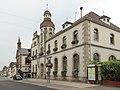 Marckolsheim, straatzicht Rue du Mal Foch bij stadhuis foto4 2013-07-24 14.12.jpg