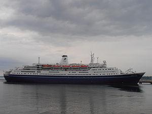 Marco Polo im Tallinner Hafen am 11. Juni 2012.JPG
