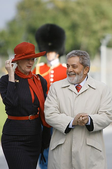 Margrethe II with Brazilian President Luiz Inacio Lula da Silva during the latter's visit to Denmark, 12 September 2007. Margrethe II Brazilian President.jpg