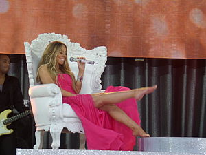 Beautiful (Mariah Carey song) - Image: Mariah Carey Beautiful (Live @ GMA, May 24, 2013)