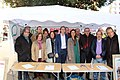 Marta Higueras en la firma de-BlindarLasPensiones en la Constitución 01.jpg