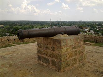 Thirumayam Fort - the tank look alike in the top of the Thirumayam fort. This is supposed to have been used during times of war.