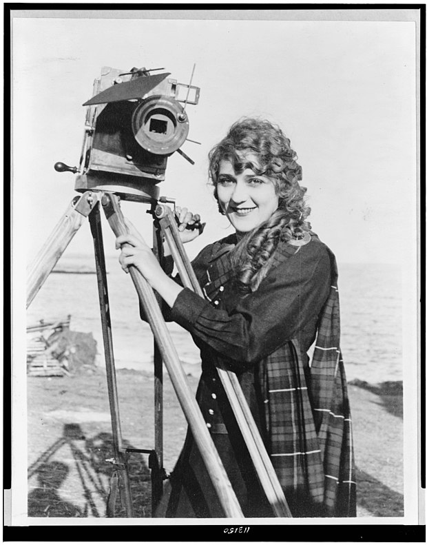 Mary Pickford vers 1916.