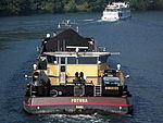 Matura ENI 04806140 & Futura ENI 04806130 on the river Mosel, photo 6.JPG
