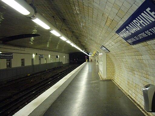 Metro Paris - Ligne 2 - Porte Dauphine (2)