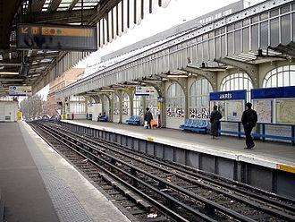 Jaurès (Paris Métro) - Image: Metro de Paris Ligne 2 Jaures 01