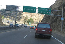 A sign on the Fed. 1 displaying how to get to San Diego. (2007) Mexico Highway1 San Diego.jpg