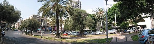 מפוארת כיכר מיכאל'ס – ויקיפדיה KB-02