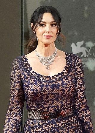 Monica Bellucci à la Mostra del Cinema (Venise) (29758772171).jpg