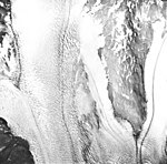 Muir Glacier, tidewater glacier, August 22, 1965 (GLACIERS 5691).jpg