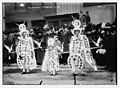 Mummers on Broad St., New Year's Day, Philadelphia, PA. LCCN2014683040.jpg