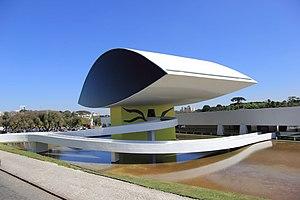 Museu Oscar Niemeyer MON