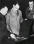 Mussert Hess 1941.jpg