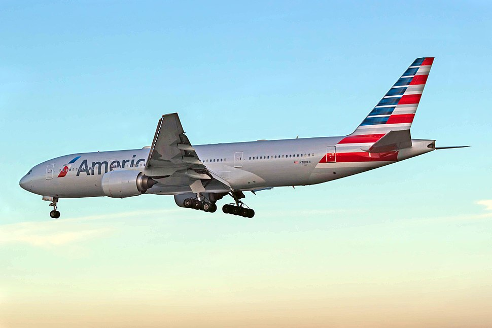 N788AN 777 American BCN