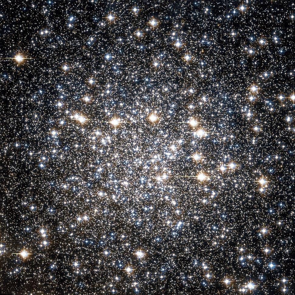 NGC 4833 Hubble WikiSky