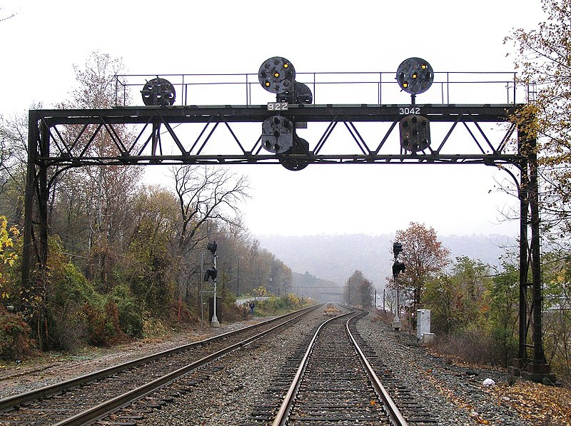 File:NS Buffalo-Line-Signal-304-3042-APPROACH.jpg