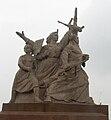 Nanjing Yangtze Bridge Statue2.jpg