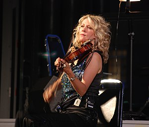 Natalie MacMaster - MacMaster performing in Centralville, Massachusetts, 2007