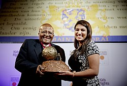 Neha Gupta receiving the International Children's Peace Prize