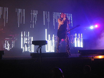 "A Nine Inch Nails performance during the Live: With Teeth tour featuring the ""teeth"" lighting fixtures Nine Inch Nails Moline 08.jpg"
