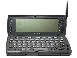 Nokia 9000 Communicator - Nokia 9110 open.