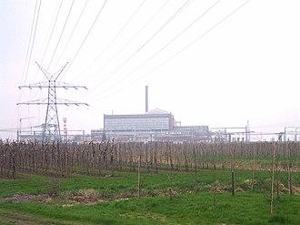 Stade Nuclear Power Plant - Image: Nordwestansicht mit Infrastruktur AKW Stade