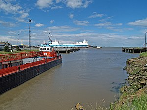 North Killingholme Haven - North Killingholme Haven, view north from the Haven towards the Humber Sea Terminal (2008)